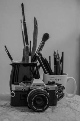 creative-mono